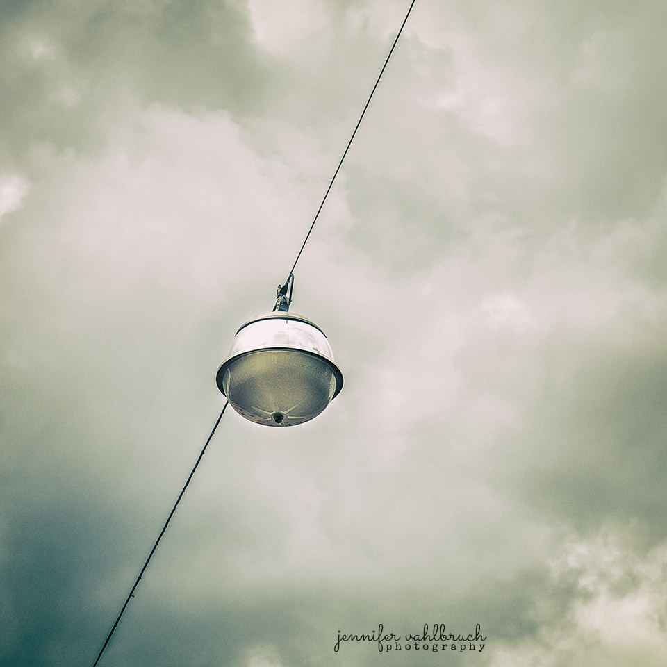 Streetlight Online - Jennifer Vahlbruch